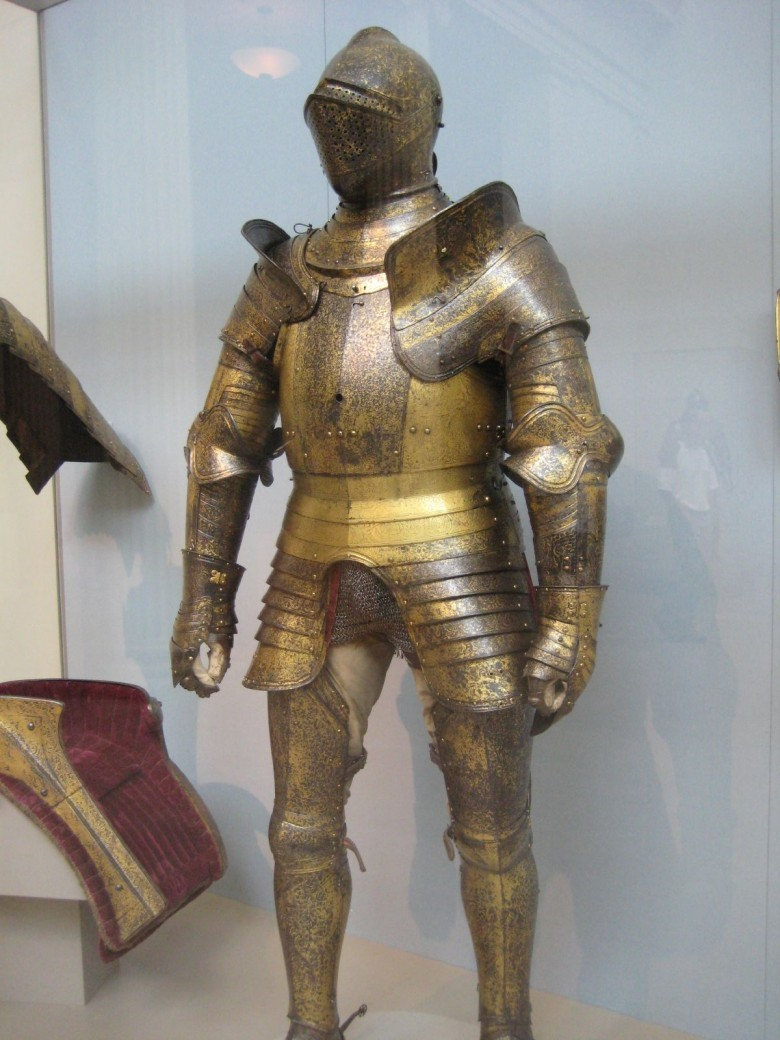 Henry_VIII's_expensive_armour
