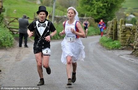 RUNNING_WEDDING